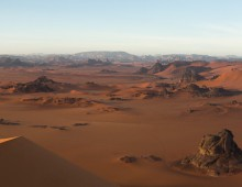 TADRART, CENTRAL SAHARA               タドラール砂漠、中央サハラ